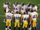 steelers-huddle